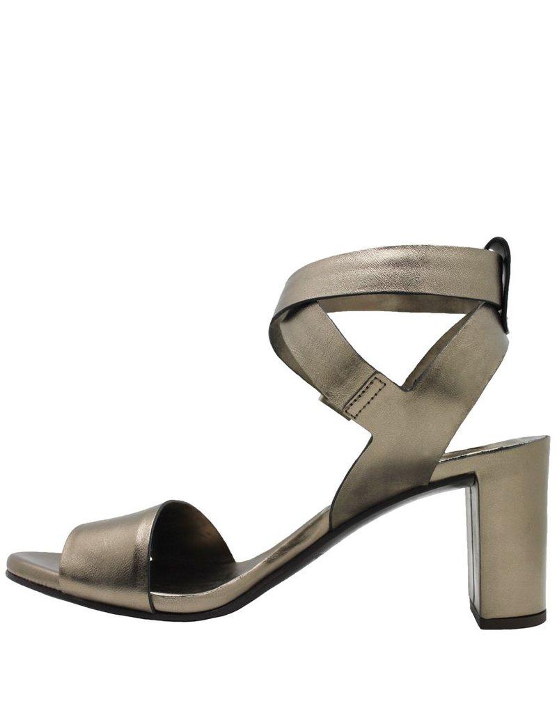 Del Carlo DelCarlo Gold Buckled Ankle Strap With Heel 1034