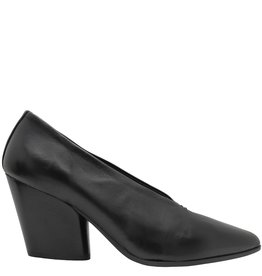 Halmanera Halmanera Black Point Toe Pump Smith