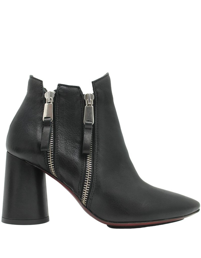 Ixos Ixos Black Vertical Zipper Ankle Boot 1011