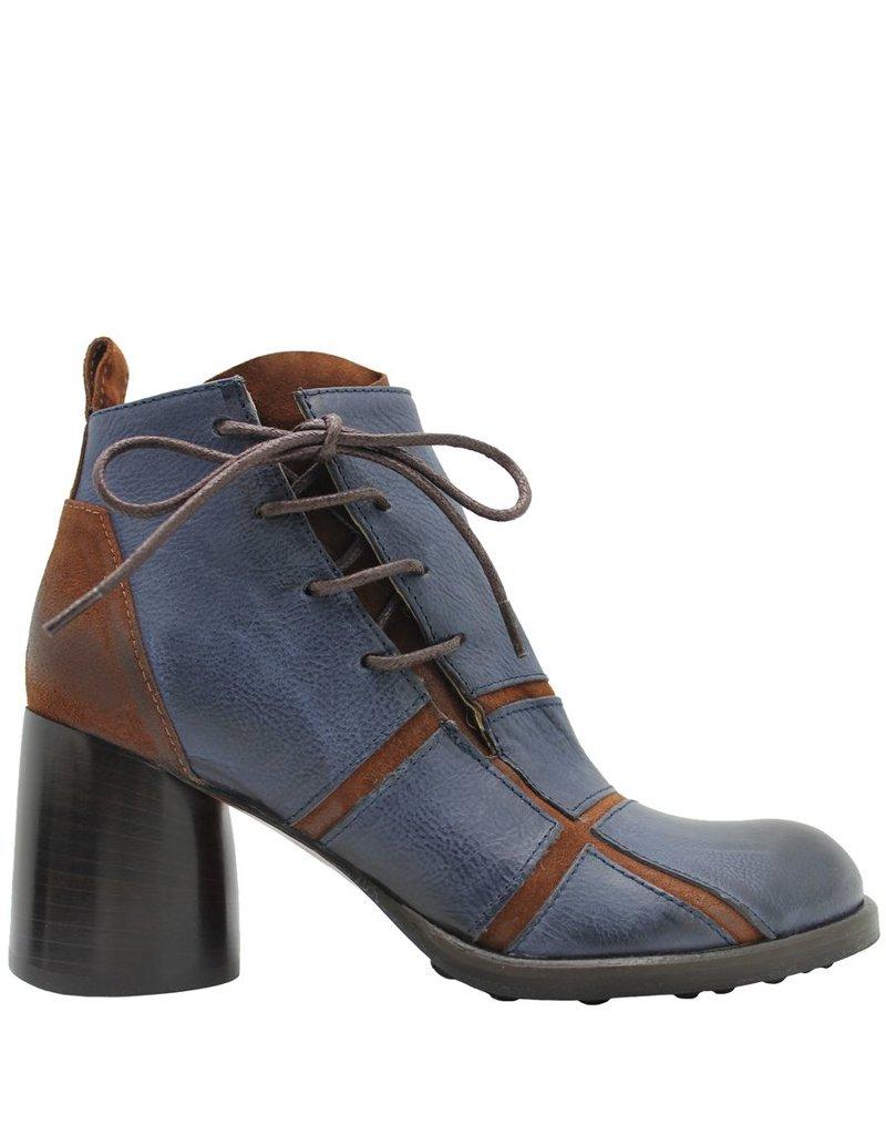 Ixos Ixos Blue And Camel Round Toe Boot 1018
