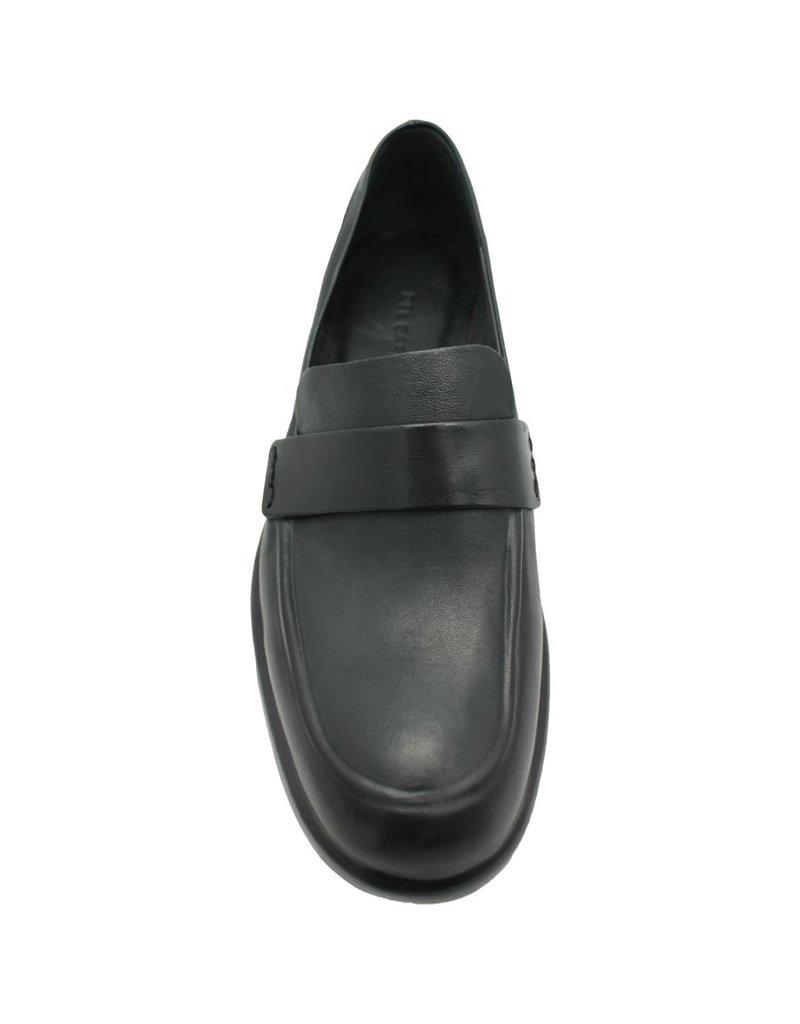 Del Carlo DelCarlo Black Flat Loafer 4030
