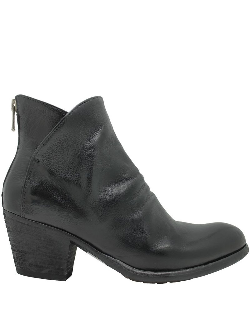 Officine Creative OfficineCreative Black Back Zipper Ankle Boot Brees
