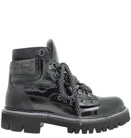 Now Now Black Soft Patent Hiking Boot With Grey Wool Detail 3924