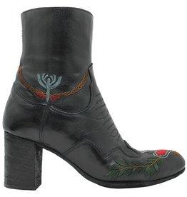 Fauzian Jeunesse FauzianJeunesse Black Embroidered Heart Boot 1871