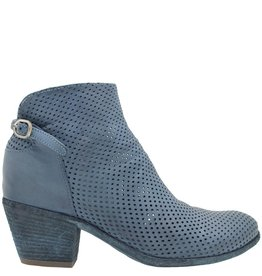 Officine Creative OfficineCreative Blue Perforated Ankle Boot Chen