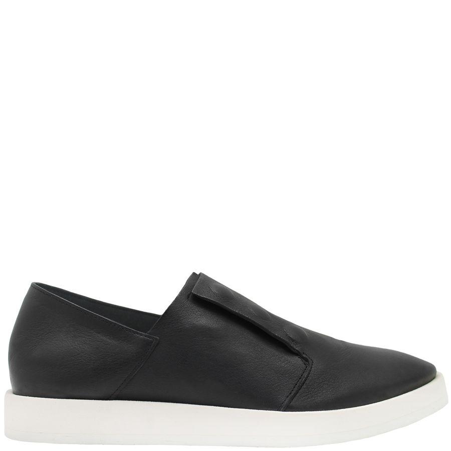 Del Carlo DelCarlo Black Calf With Triple Snap Closure Sneaker 5330