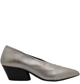 Halmanera Halmanera Metal Point Toe Pump Luna