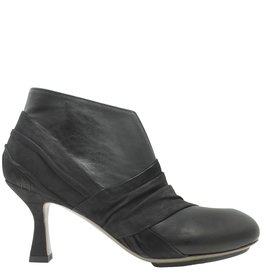 Ixos Ixos Black Suede and Leather Pump With Zipper 7059