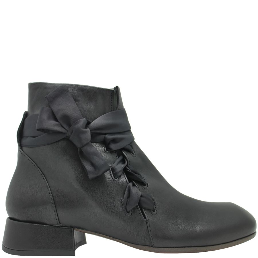 Ixos Ixos Black Calf Asymmetric Boot Silk Tie 7064