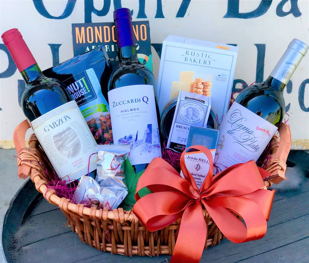 """""""Andy's Andes"""" 3 Bottle South American Wine Gift Basket"""