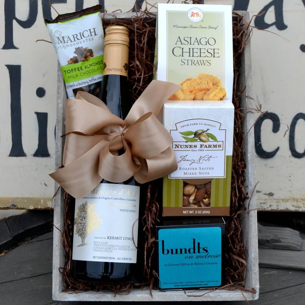 Tintero Moscato d'Asti Sweet Wine Gift Basket