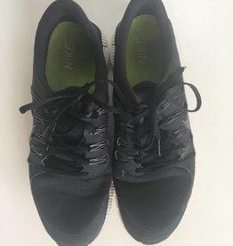 Nike Black Tennis Shoes (13)