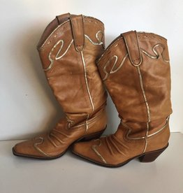 Very Volatile Brown & Gold Trim Cowboy Boots (8.5)