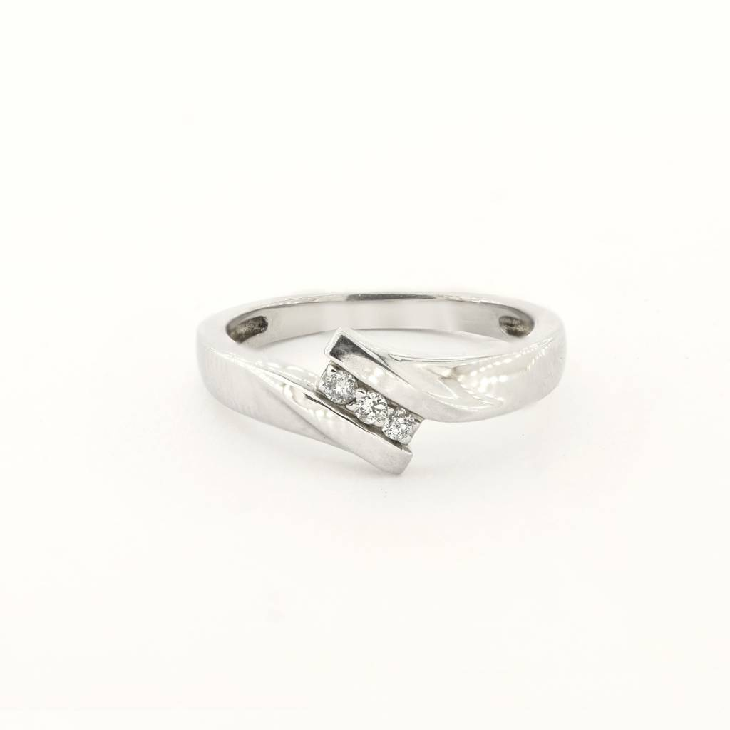 10K White Gold 3 Stone Diamond Bi-Pass Ring Size 6.5