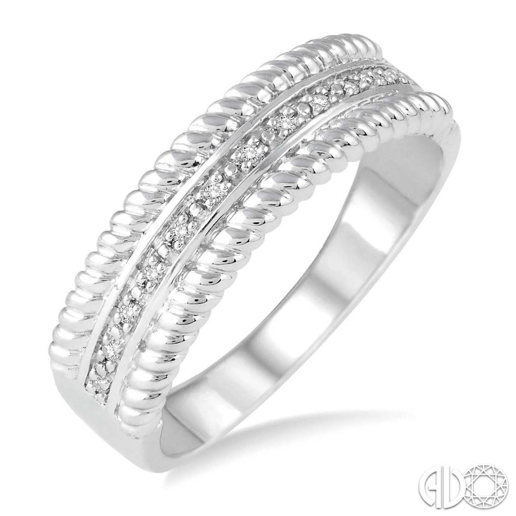 Ashi 1/20 Ctw Round Cut Diamond Rope Ring in Sterling Silver
