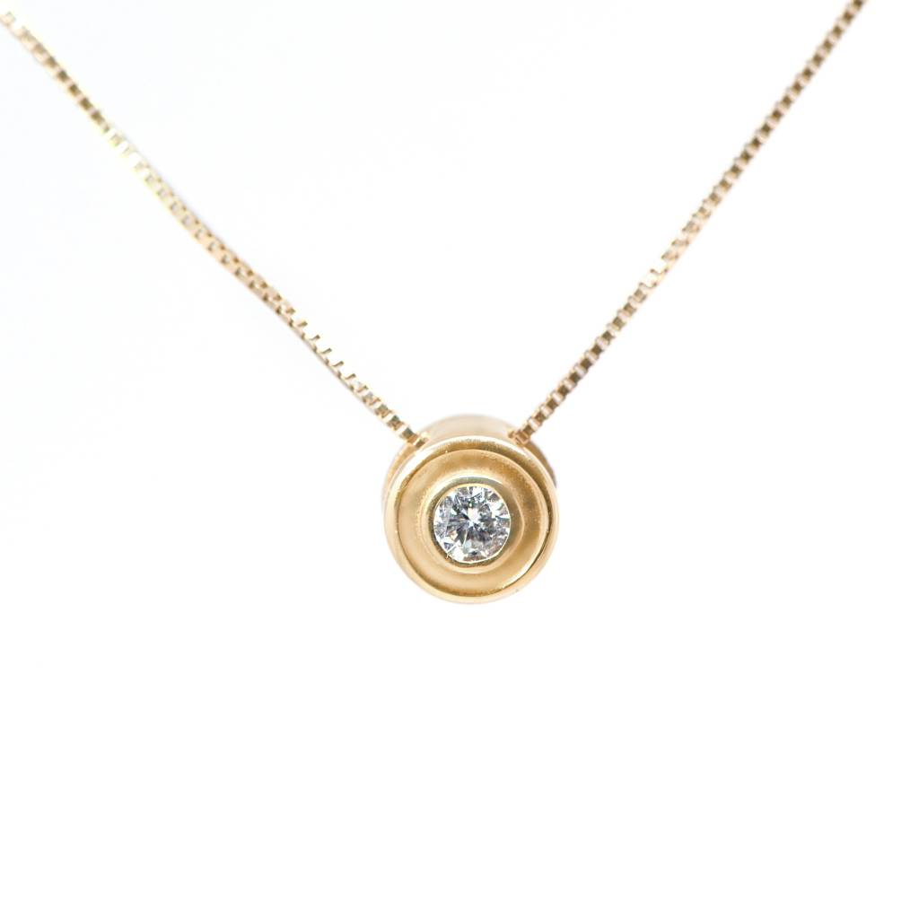 14K Yellow Gold Bezel Set Diamond Necklace 0.10ct