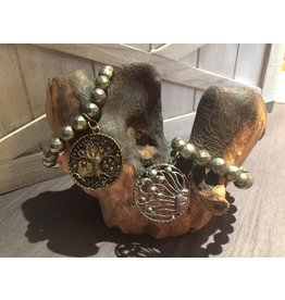 Lula n Lee Bracelet-Pyrite with Large Charm