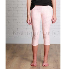 Boutique Only Leggings-Capri Coral Arrow