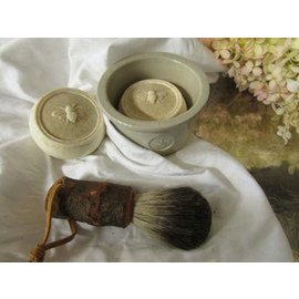 Beeline LLC Bee Smooth Shaving Bar w/stoneware