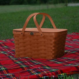 Peterboro Baskets Cherry Picnic Basket