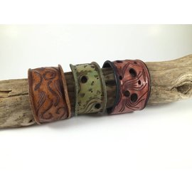 Birds on The Wing Leather Bracelet