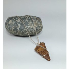 Birds on The Wing Silver Wrapped Mariam Stone Necklace