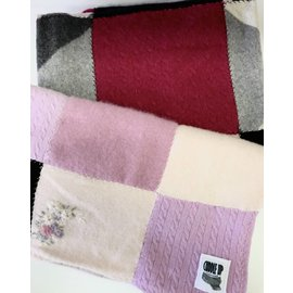 Cuddle Up Cashmere Cashmere Quilt Blanket (40x48)
