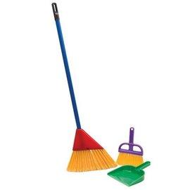 Schylling Schylling Children's Broom Set