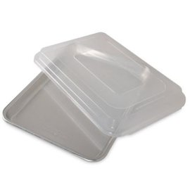 Nordic Ware Nordic Ware Bakers Quarter Sheet with Storage Lid