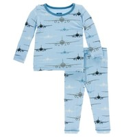 KICKEE PANTS PRINT LONG SLEEVE PAJAMAS SET IN POND AIRPLANE