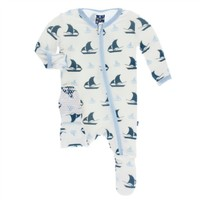 KICKEE PANTS PRINT FOOTIE WITH ZIPPER IN NATURAL SAILBOAT
