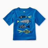 TEA SCHOOL OF FISH GRAPHIC BABY TEE
