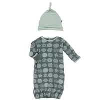 KICKEE PANTS PRINT LAYETTE GOWN & SINGLE KNOT HAT SET IN SUCCULENT PLANTS