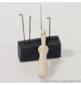 Mercurius Felt needle set, 4 needles + wooden holder