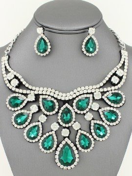 Crystal Bib Collar Necklace Set