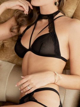 Bisou Fishnet Bralette Black