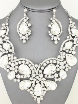 Teardrop Necklace Set