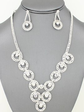 Rhinestone Rings Bib Necklace