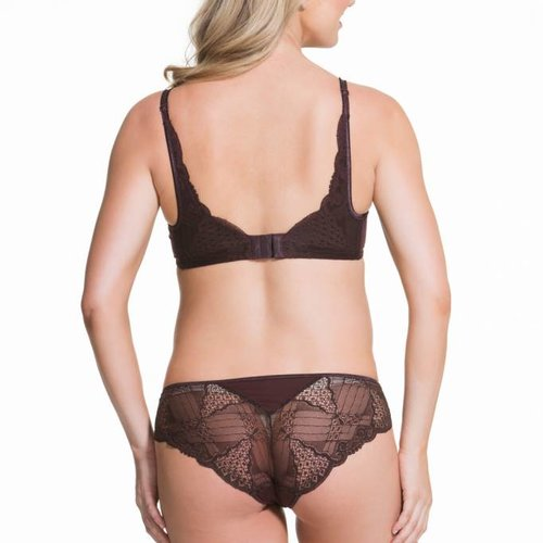 Cake Truffles Moulded Cup Plunge Lace Bra
