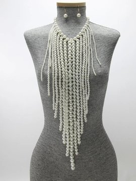 DEMI STATEMENT PEARL FRINGE BODY NECKLACE