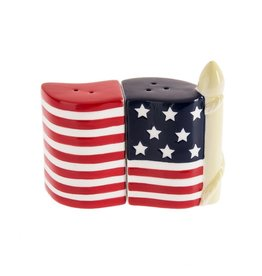 Midwest-CBK Patriotic Salt Pepper Shaker Red White Blue American Flag