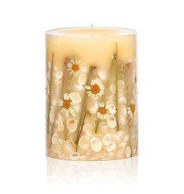 Rosy Rings Beach Daisy Botanical Candle Pillar 9.5H Round