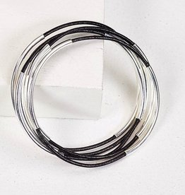 Gawdy Bobbles Classic Bangle - Black Leather Silver