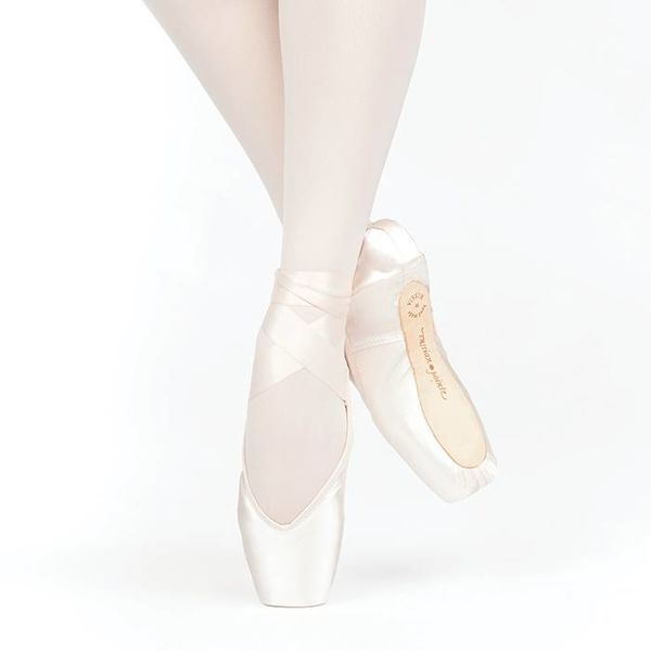 RUSSIAN POINTE Russian Pointe Lumina V-cut
