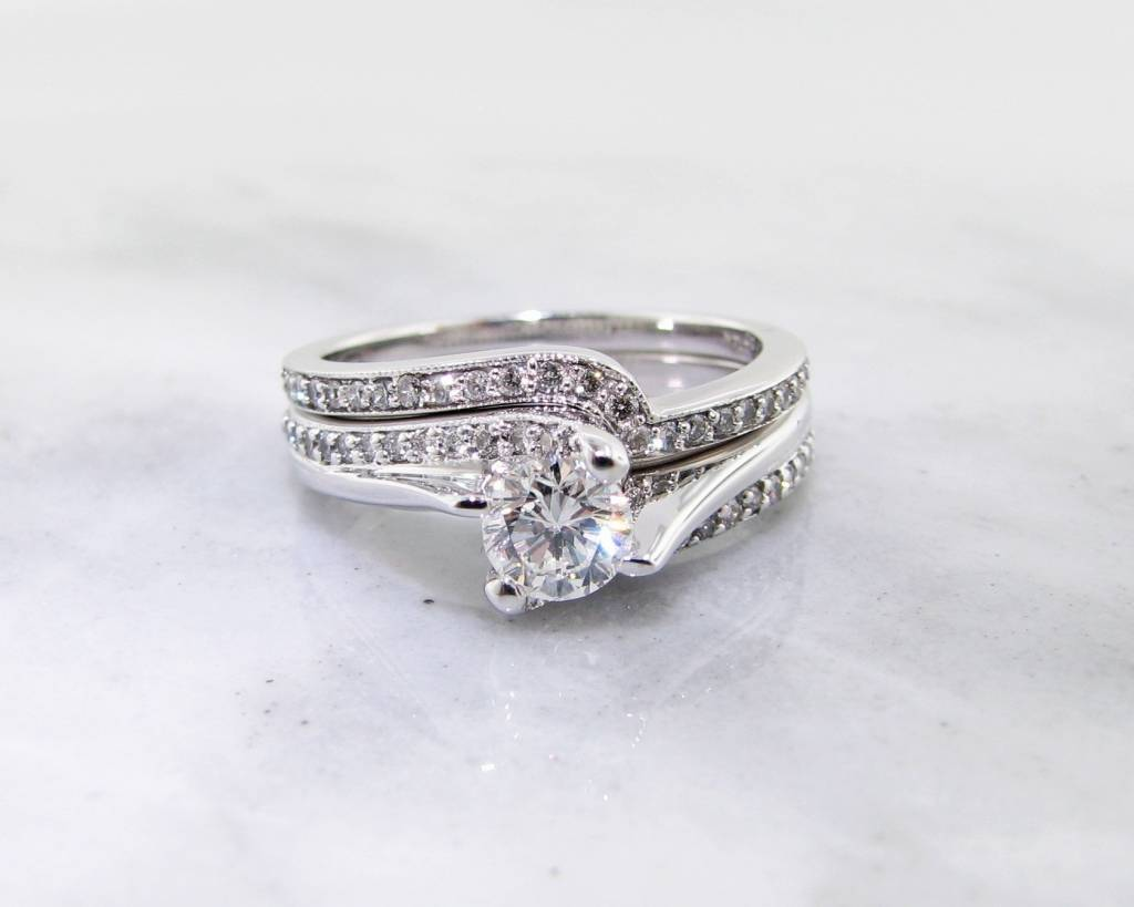 Timeless Bridal Diamond White Gold Wedding Set, Twist