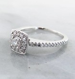 Timeless Bridal Diamond White Gold Ring Retro, Halo