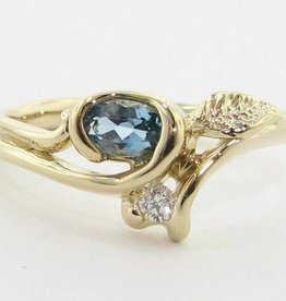 Organic Aquamarine Diamond Yellow Gold Ring, Printemps Leaf Bud
