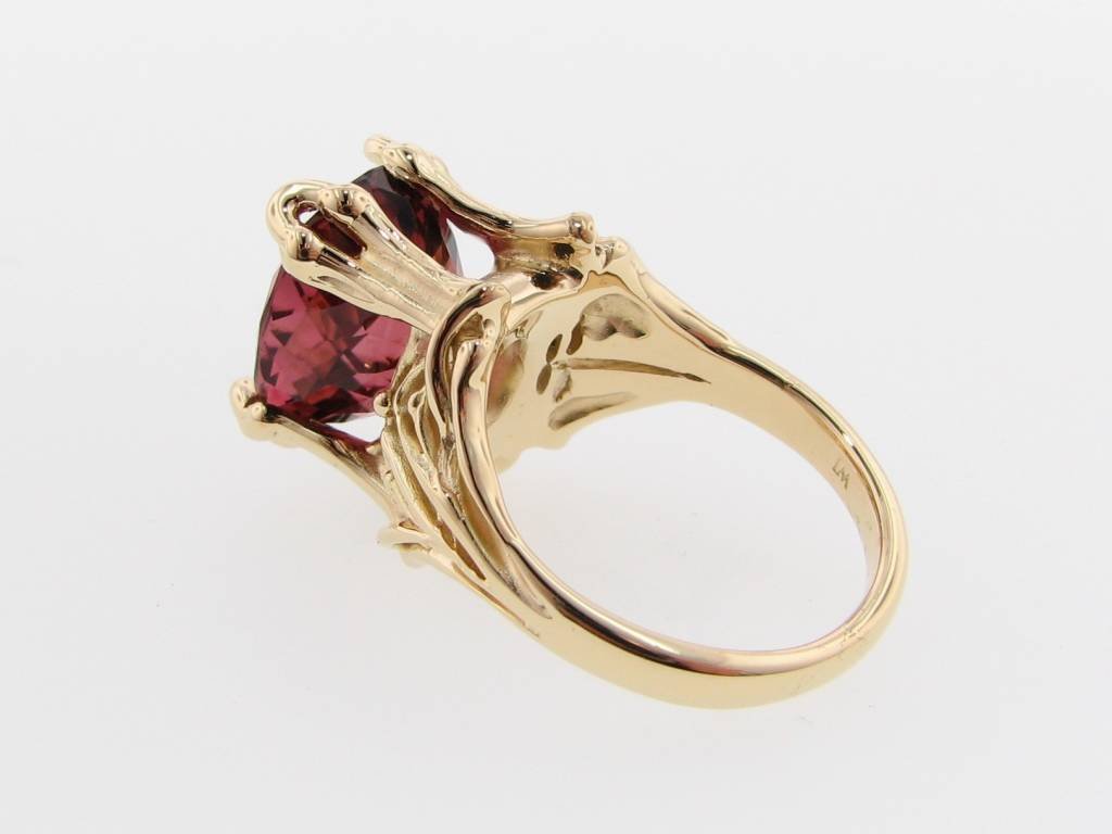 Vintage Tourmaline 18K Yellow Gold Ring, Royal