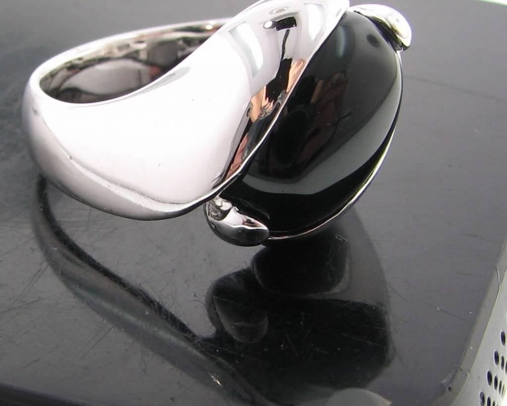 Sleek Black Onyx Silver Ring, Orbit