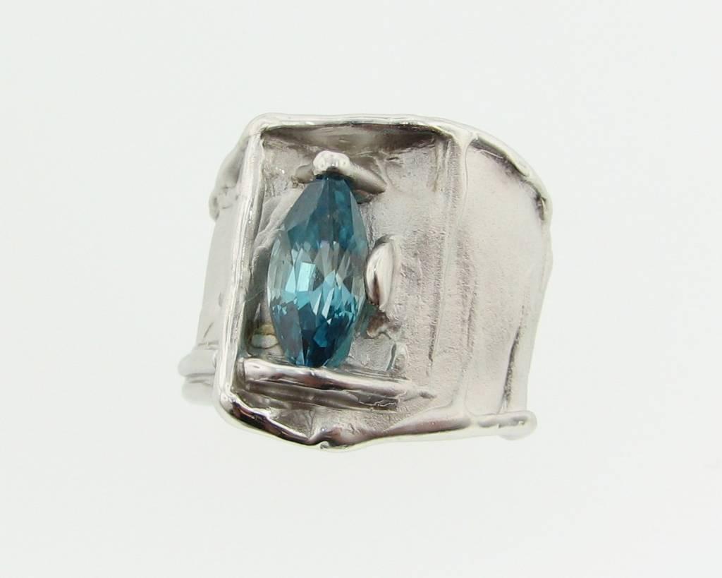 Motion Silk: London Blue Topaz Marquise